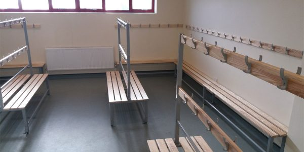 bench seating lockers